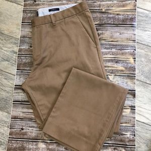 Men's gap tailored pants. Size 38 x 32